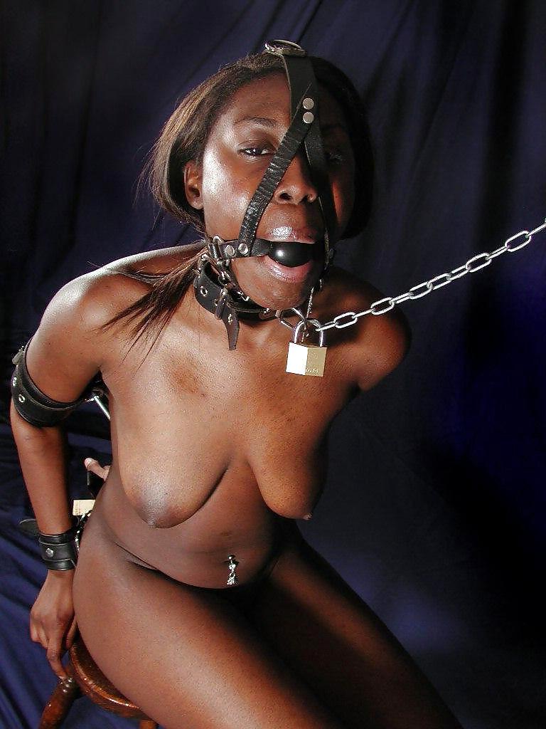 不謹慎覚悟で言うけど、黒人まんさん調教画像の奴隷臭って半端ないよな。。。(画像あり)・21枚目