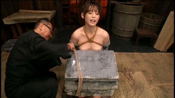 「石抱」とかいう江戸時代に行われていた拷問方法・・・(画像19枚)・11枚目