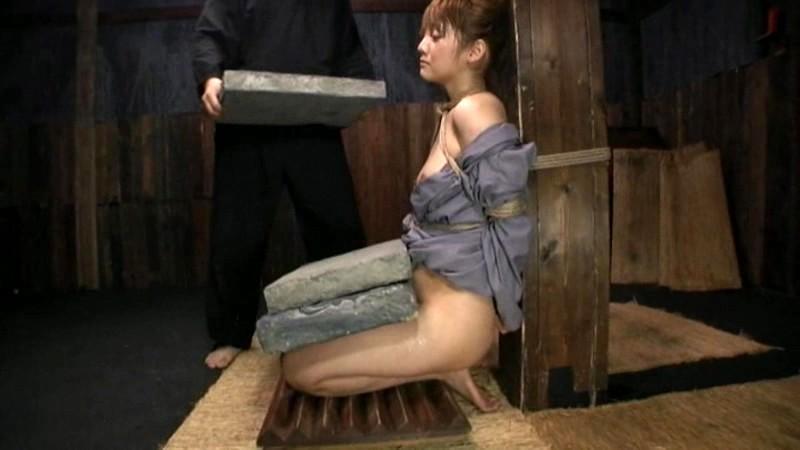 「石抱」とかいう江戸時代に行われていた拷問方法・・・(画像19枚)・15枚目