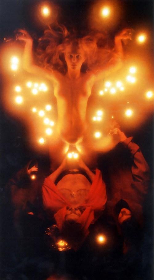 【トラウマ注意】女を生贄にする海外のガチ儀式がマジで足が震えるレベルな件・・・(画像27枚)・17枚目