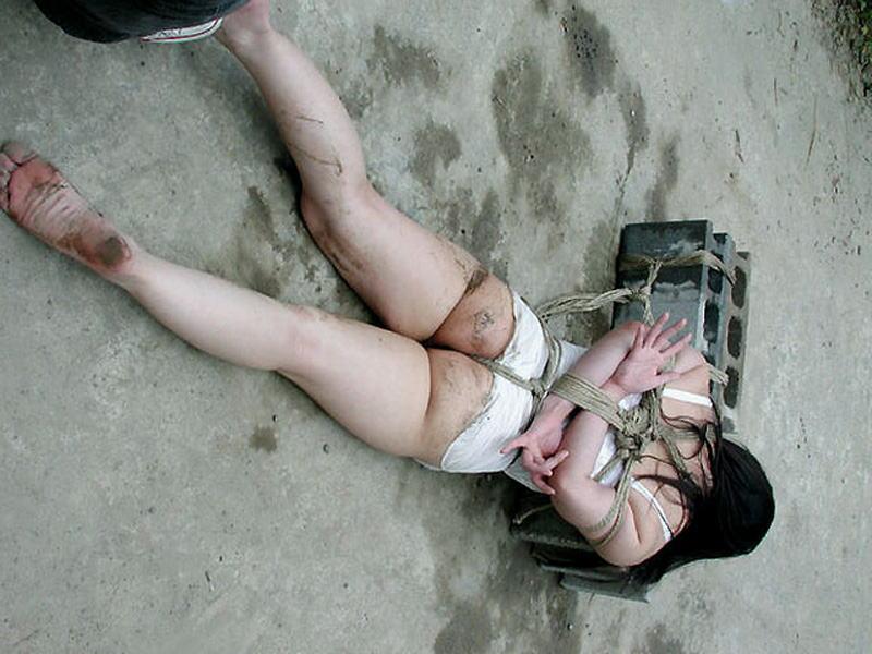 「石抱」とかいう江戸時代に行われていた拷問方法・・・(画像19枚)・19枚目