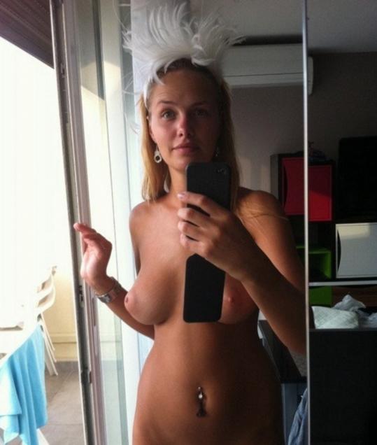 世界屈指の美女大国ロシアでSNSにアップされる自撮り画像ぐぅシコワロタwwwwwwwwwwwwwwwwwww(※画像あり)・20枚目