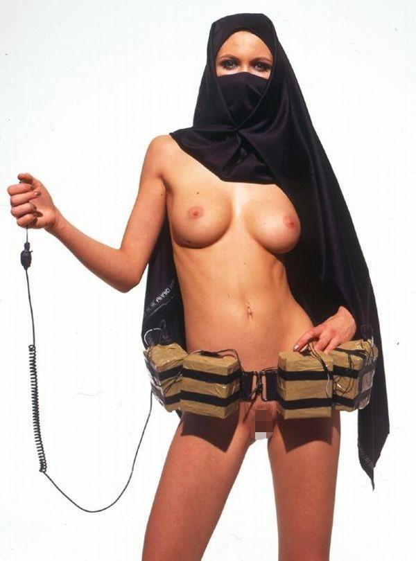 【エロ画像】特定されたら「死刑確定」ハイリスクすぎるイスラム教徒のエロ自撮り画像をご覧下さい。(画像30枚)・25枚目