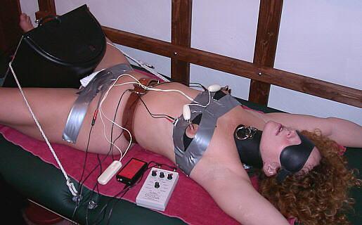 【拷問】女を調教したい電気技師さん、変圧器まで使いだすwwwwwwwwwwwww(画像あり)・3枚目