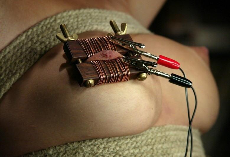 【拷問】女を調教したい電気技師さん、変圧器まで使いだすwwwwwwwwwwwww(画像あり)・5枚目