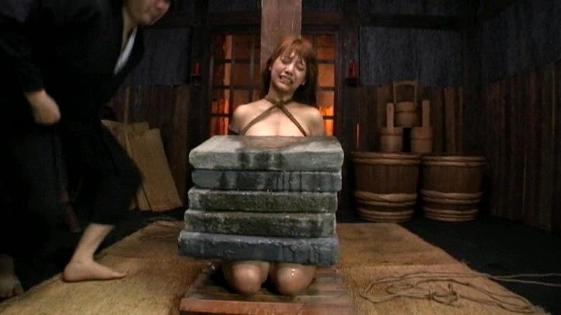 「石抱」とかいう江戸時代に行われていた拷問方法・・・(画像19枚)・8枚目