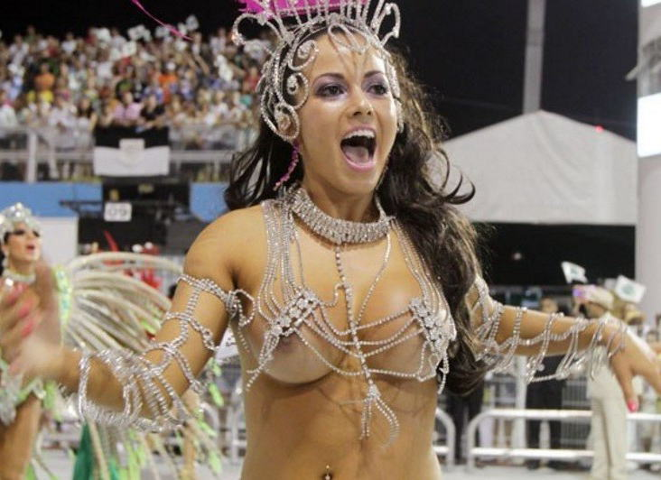 【エロ画像】世界最大の「露出祭り」サンバカーニバルとかいう祭りの様子wwwwwwwwwwwwwww・11枚目
