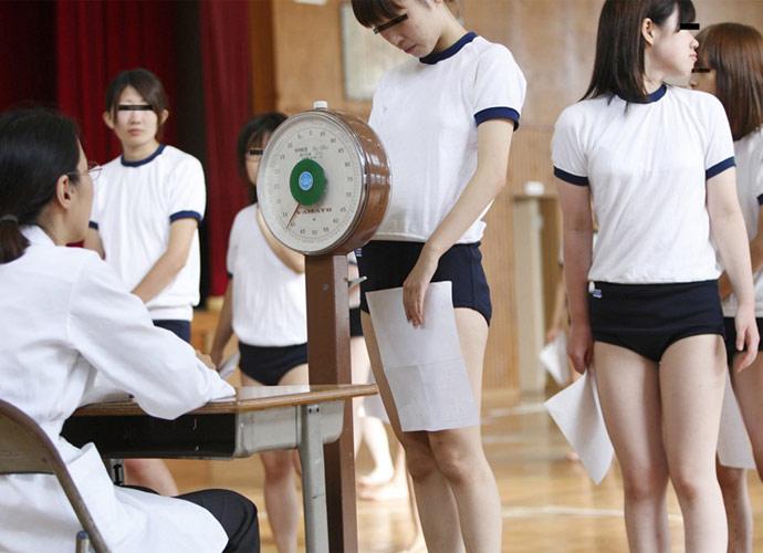 【炉利紺】小学校の近所に内科医を開業する医者の役得wwwwwwwwww(画像あり)・14枚目