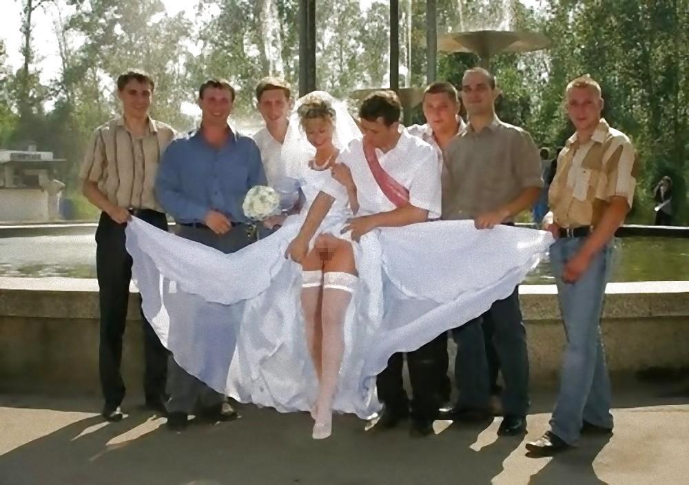 【エロ画像】変態カップルが結婚式を行った結果。親族全員メンタルボロボロでワロタwwwwww・16枚目