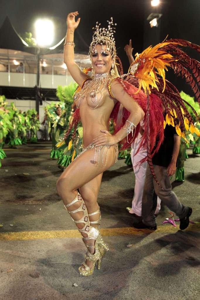 【エロ画像】世界最大の「露出祭り」サンバカーニバルとかいう祭りの様子wwwwwwwwwwwwwww・17枚目