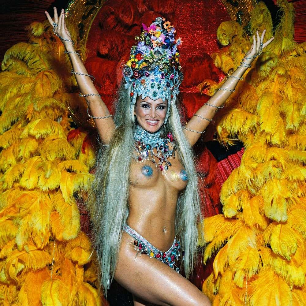 【エロ画像】世界最大の「露出祭り」サンバカーニバルとかいう祭りの様子wwwwwwwwwwwwwww・19枚目