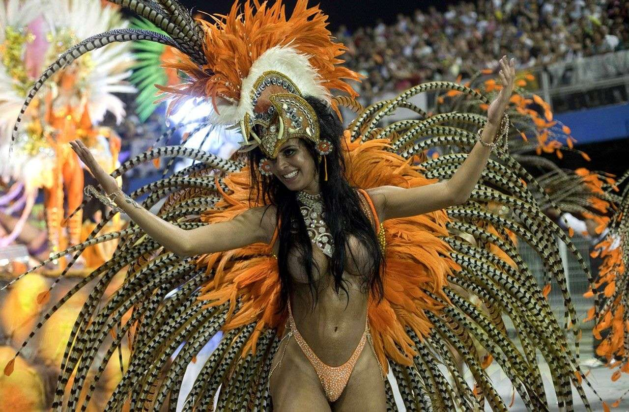 【エロ画像】世界最大の「露出祭り」サンバカーニバルとかいう祭りの様子wwwwwwwwwwwwwww・24枚目