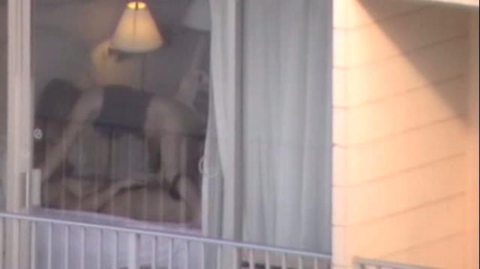 【注意警鐘】カーテンを開けてセクロスしてるカップルさんが自分達が如何に危険か画像から学ぶスレ。(画像28枚)・24枚目