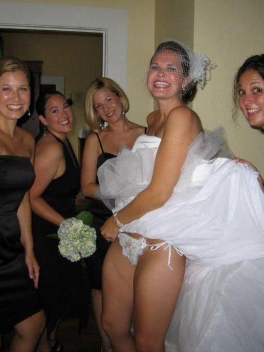 【エロ画像】変態カップルが結婚式を行った結果。親族全員メンタルボロボロでワロタwwwwww・7枚目