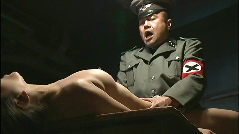 【胸糞注意】戦争真っ只中の現地民は兵士にレイプされるという事実・・・こいつらA級戦犯やな。(画像あり)・11枚目