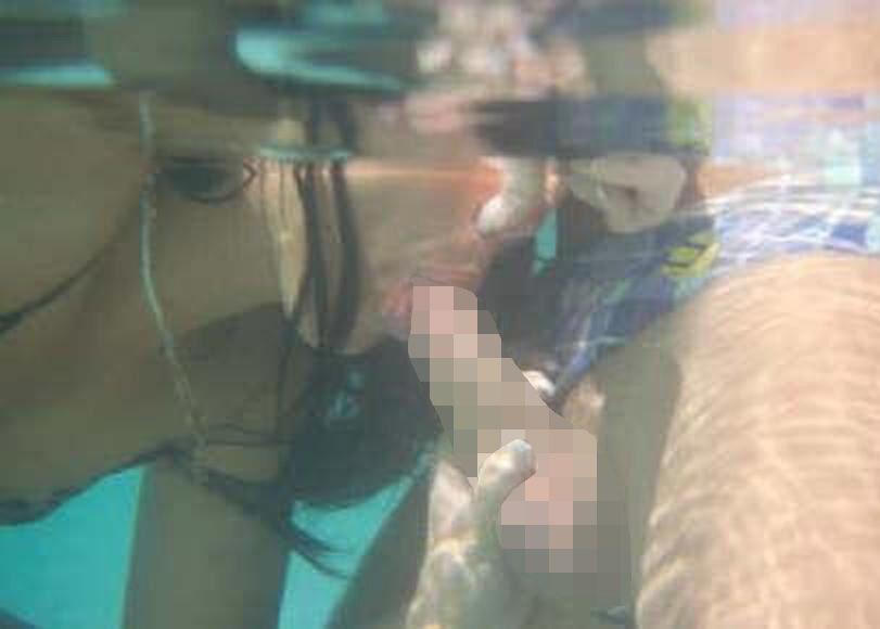 【エロ画像】一切の呼吸を許さない水中フェラとかいうただただ苦しいプレイwwwwwwwwwwwwwwwwww・15枚目