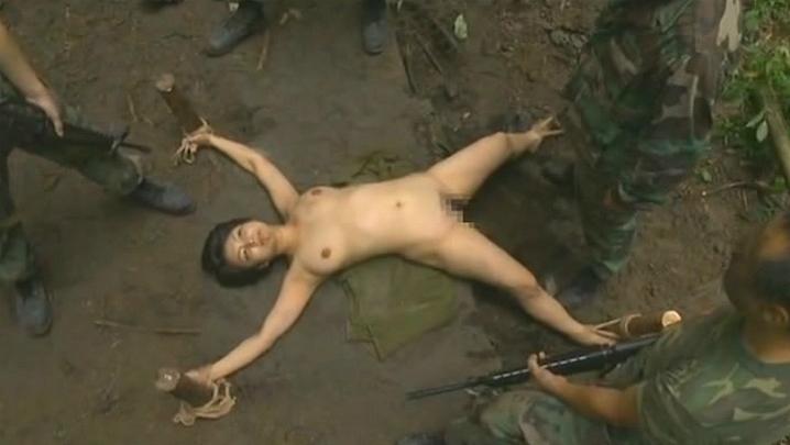 【胸糞注意】戦争真っ只中の現地民は兵士にレイプされるという事実・・・こいつらA級戦犯やな。(画像あり)・20枚目