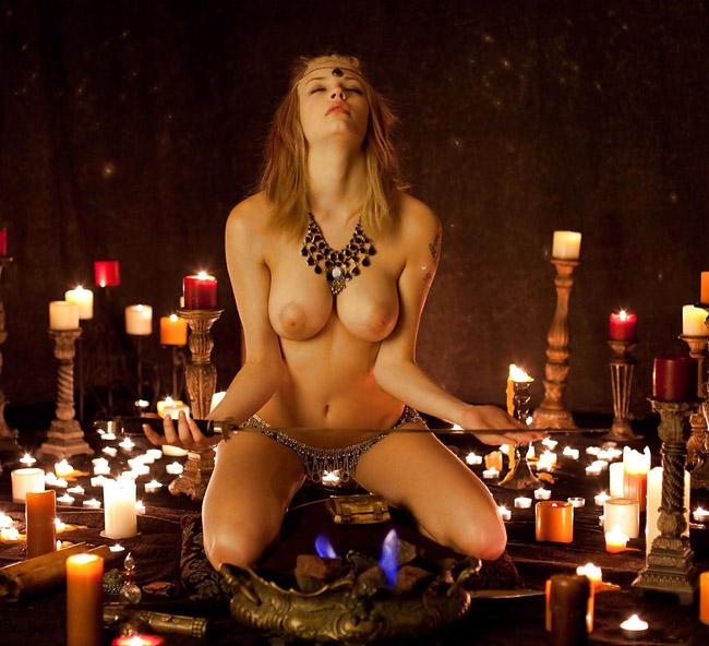 【閲覧注意】現代でも行われている生贄儀式に「エッ!」となるがよく見たらエロかったwwwwwwwwwwwwwwwwww(画像30枚)・22枚目