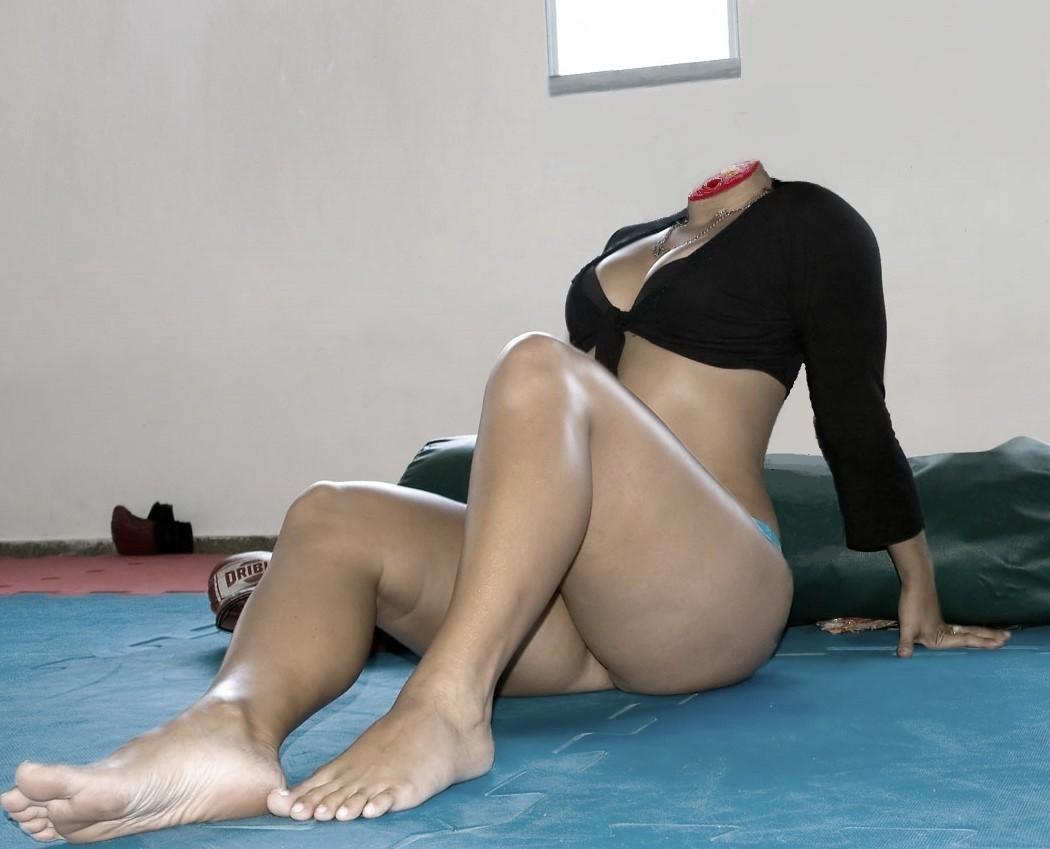 【※グロ注意】首チョンパされた女の全裸画像を貼ってくスレ・・・勃起したヤツすぐに病院行けよwwwww・5枚目