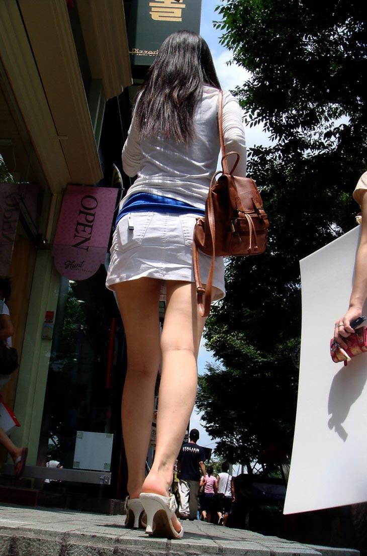 【盗撮】足フェチのワイ、韓国行って街撮りしてきたから画像晒すわwwwwwwwwwwwwww(画像あり)・10枚目