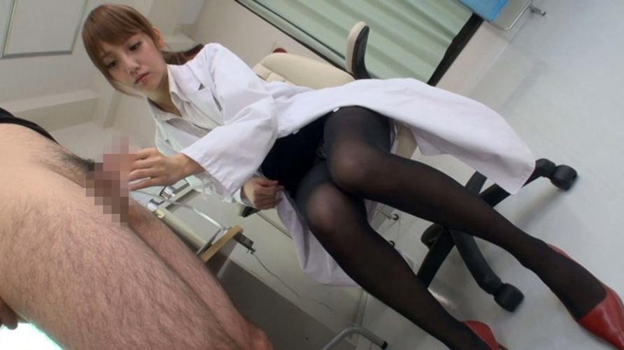 【エロ画像】女医がいる「泌尿器科」に行った結果。 →フル勃起したったwwwwwwwwwwwwwwwww・13枚目
