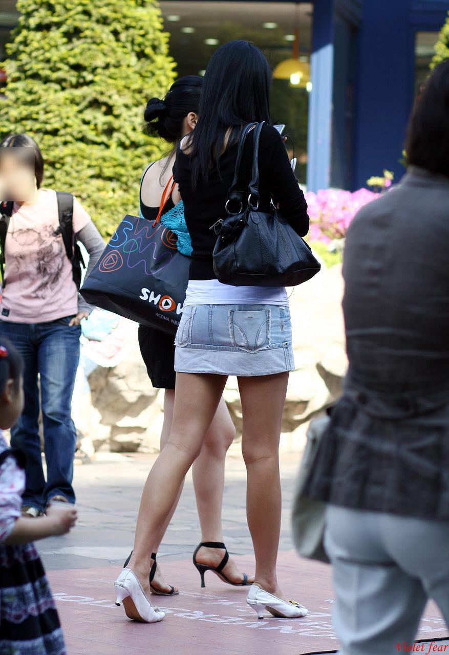 【盗撮】足フェチのワイ、韓国行って街撮りしてきたから画像晒すわwwwwwwwwwwwwww(画像あり)・15枚目