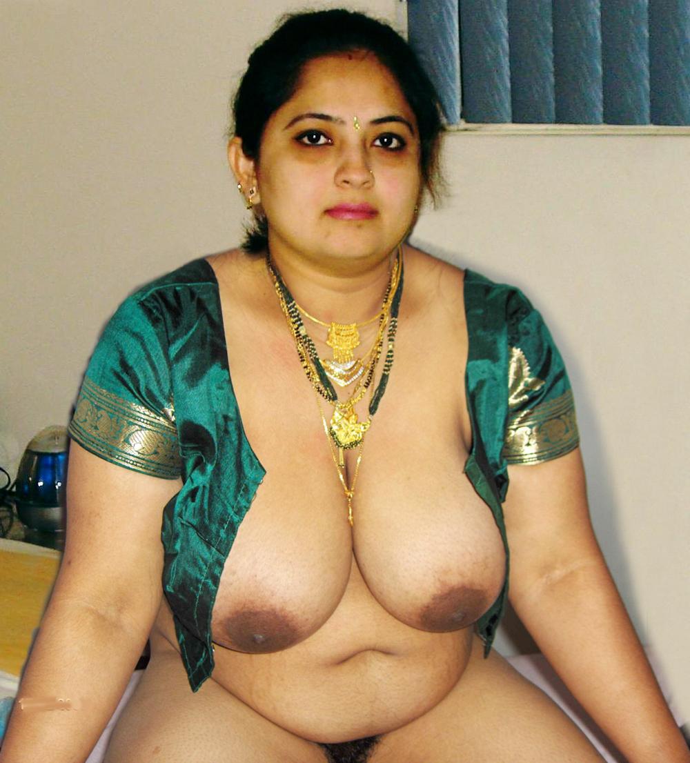 レイプ大国インドのまんさん、リスクを冒してSNSにヌードをアップするwwwwww(画像あり)・2枚目