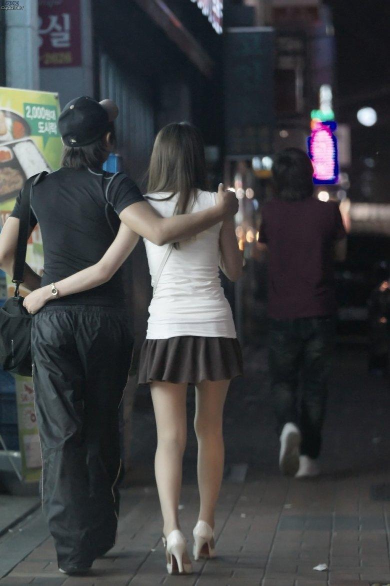 【盗撮】足フェチのワイ、韓国行って街撮りしてきたから画像晒すわwwwwwwwwwwwwww(画像あり)・20枚目