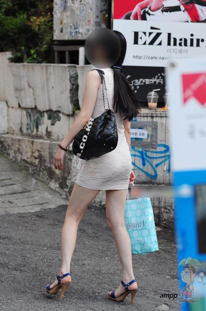 【盗撮】足フェチのワイ、韓国行って街撮りしてきたから画像晒すわwwwwwwwwwwwwww(画像あり)・24枚目
