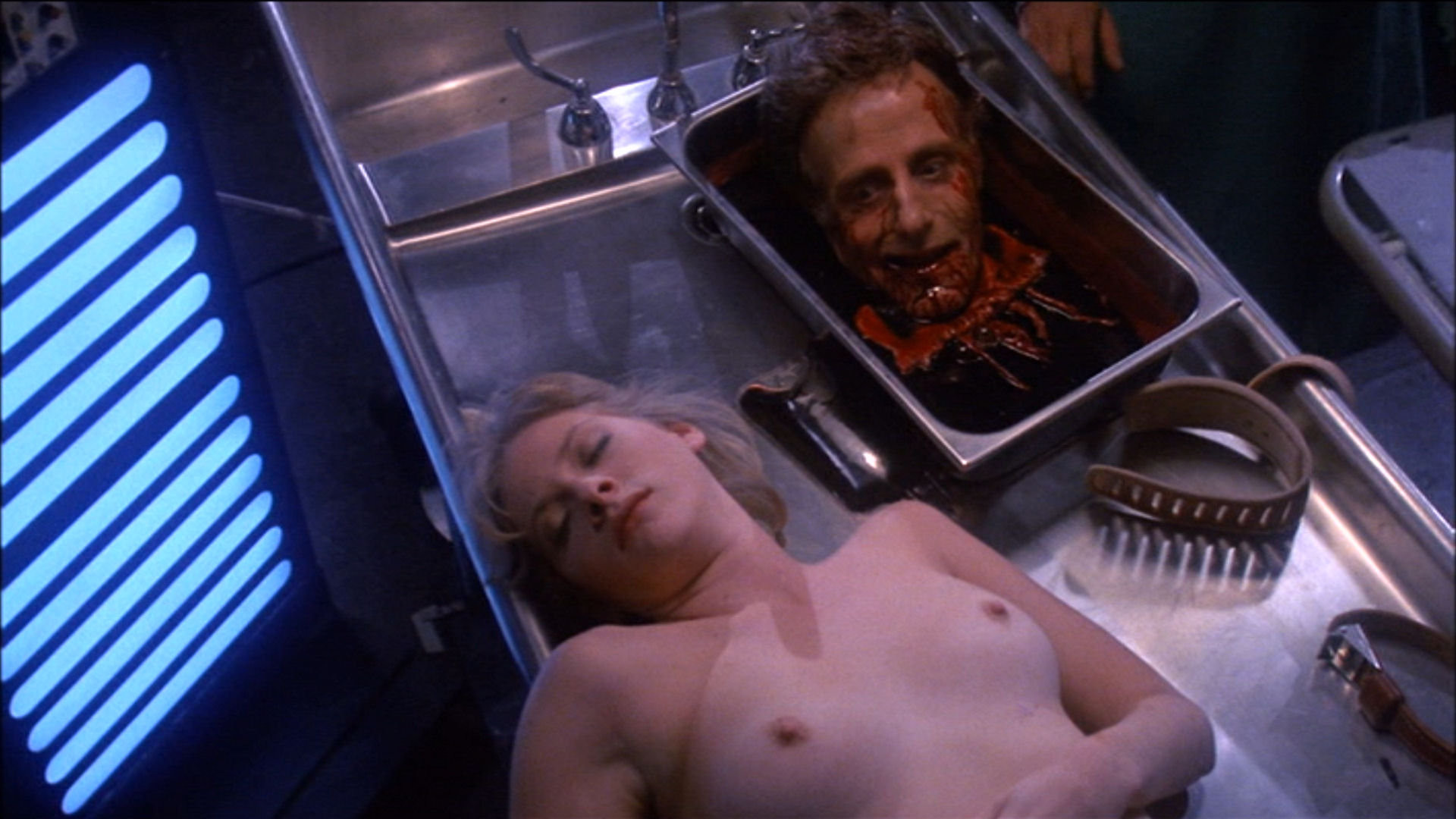 【閲覧注意】「これならイケる!」割かしキレイな女の遺体画像貼ってく。(画像27枚)・6枚目