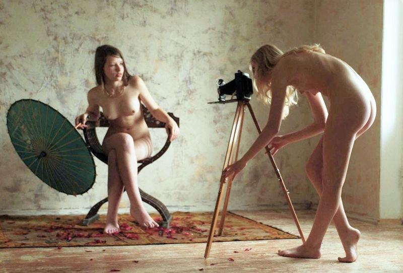 【エロ画像】「絶対に脱がせる」やり手カメラマンの手法がこちらwwwwwwwwwwwwwwww・11枚目