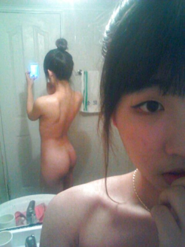 【エロ画像】アジア系女子がSNSにアップする画像がこちら。凍結不可避やろwwwwwwwwww・15枚目