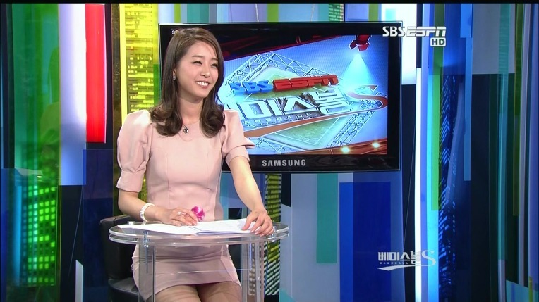 【エロ画像】自主規制もお股もユルユルな韓国の女子アナまんさんエッロwwwwwwwwwwwww・18枚目