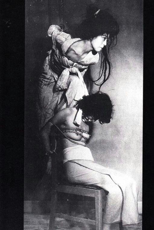 【閲覧注意】ガチ臭を放つ若き頃の母のハメ撮り画像を見つけたんだが。。。(画像あり)・26枚目