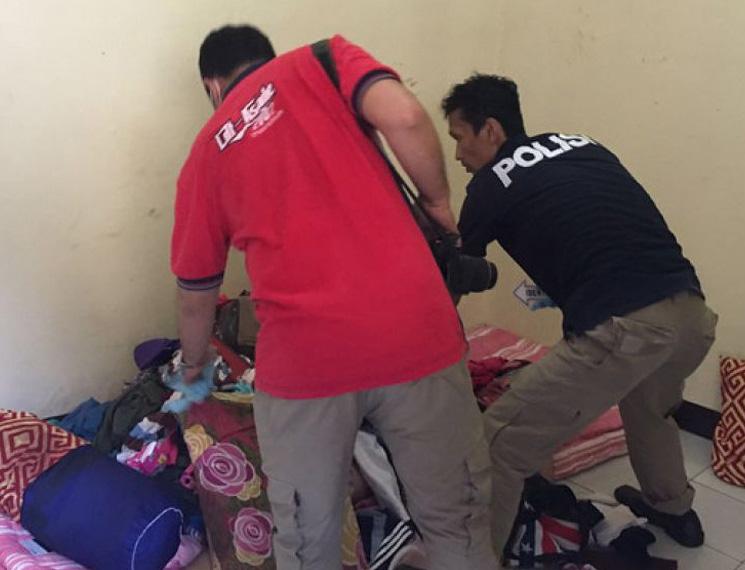 【閲覧注意】インドネシアの少女(18)マンコを破壊され発見される・・・(画像あり)・4枚目