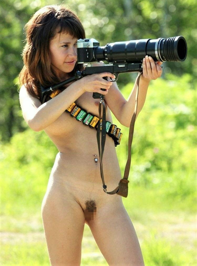 【エロ画像】「絶対に脱がせる」やり手カメラマンの手法がこちらwwwwwwwwwwwwwwww・4枚目