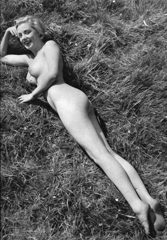 【貴重】80年代アメリカさんのヌード写真がうpされ日本女性とのポテンシャルの違いを見せつけるwwwwwwwww(画像あり)・10枚目