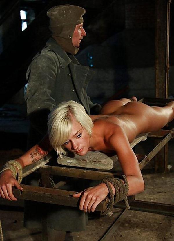 【閲覧注意】中世ヨーロッパに存在した女性に対しての拷問・・・悪魔の所業やな。(画像あり)・16枚目