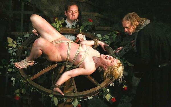 【閲覧注意】中世ヨーロッパに存在した女性に対しての拷問・・・悪魔の所業やな。(画像あり)・17枚目