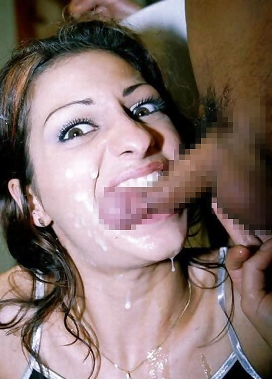 【閲覧注意】強姦魔に出くわしたまんさん、殴り殺されるであろう最後の抵抗がコチラ。。。 (llllll゚Д゚)ヒィィィィ・20枚目