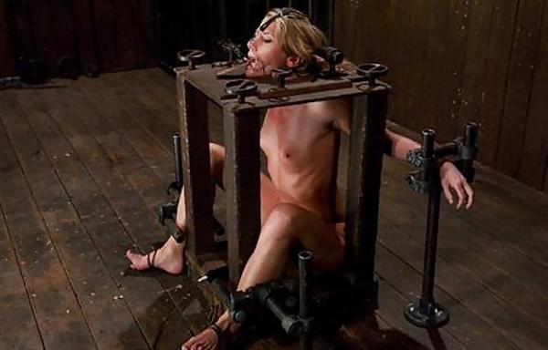 【閲覧注意】中世ヨーロッパに存在した女性に対しての拷問・・・悪魔の所業やな。(画像あり)・23枚目