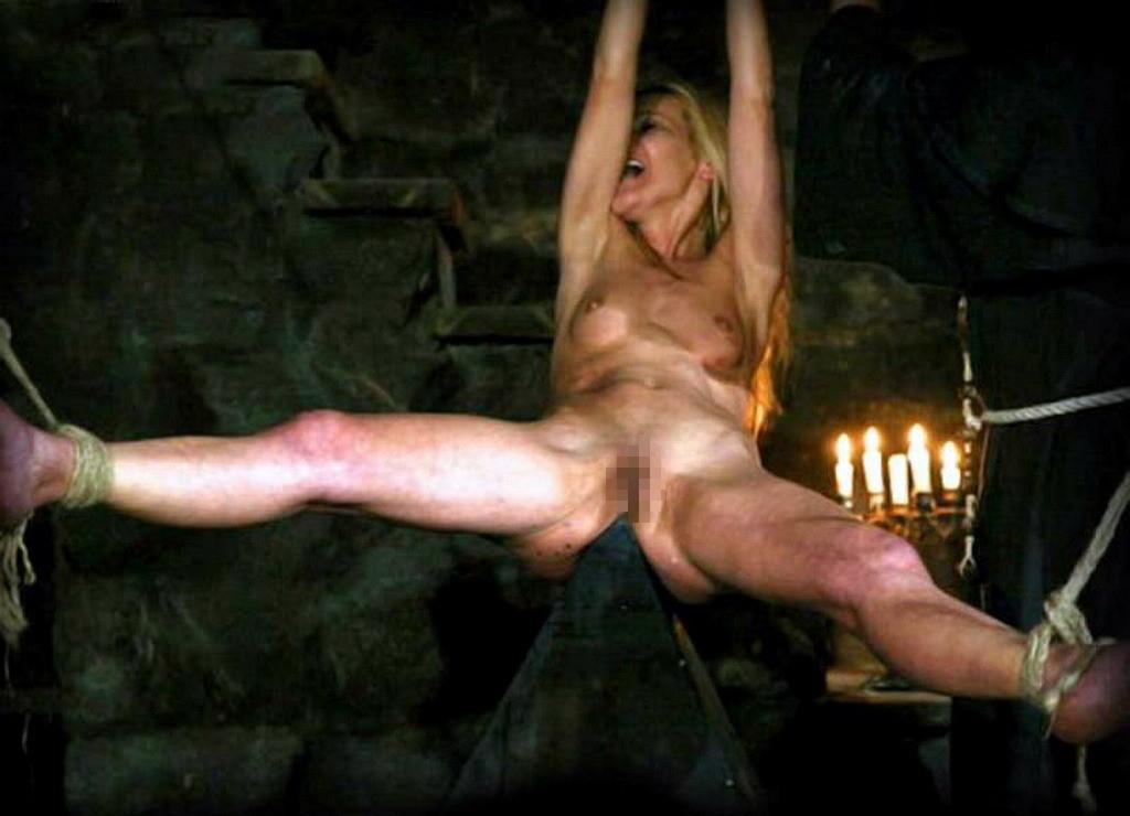【閲覧注意】中世ヨーロッパに存在した女性に対しての拷問・・・悪魔の所業やな。(画像あり)・25枚目
