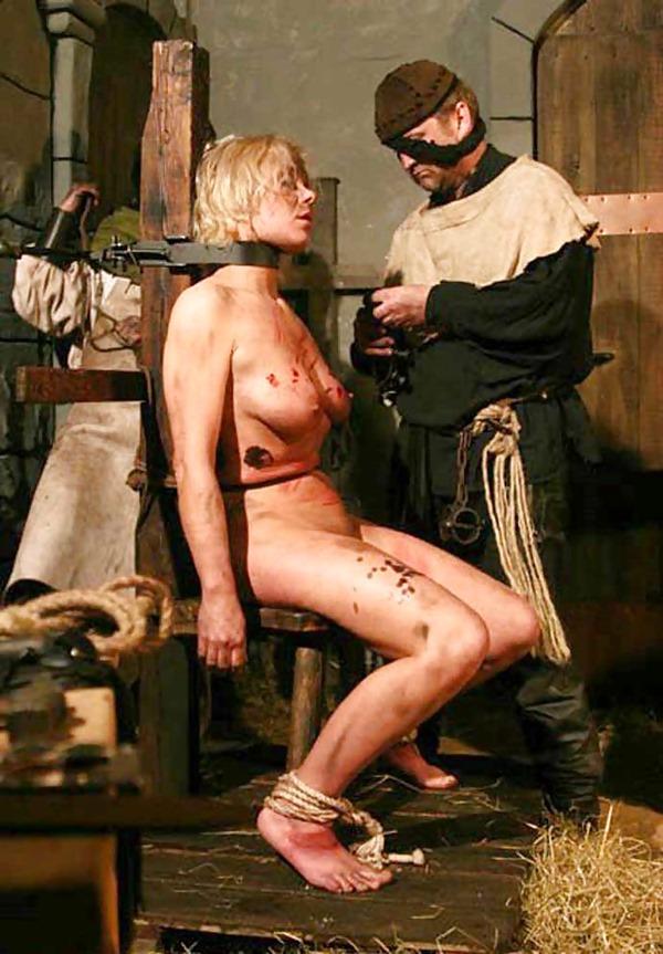 【閲覧注意】中世ヨーロッパに存在した女性に対しての拷問・・・悪魔の所業やな。(画像あり)・26枚目
