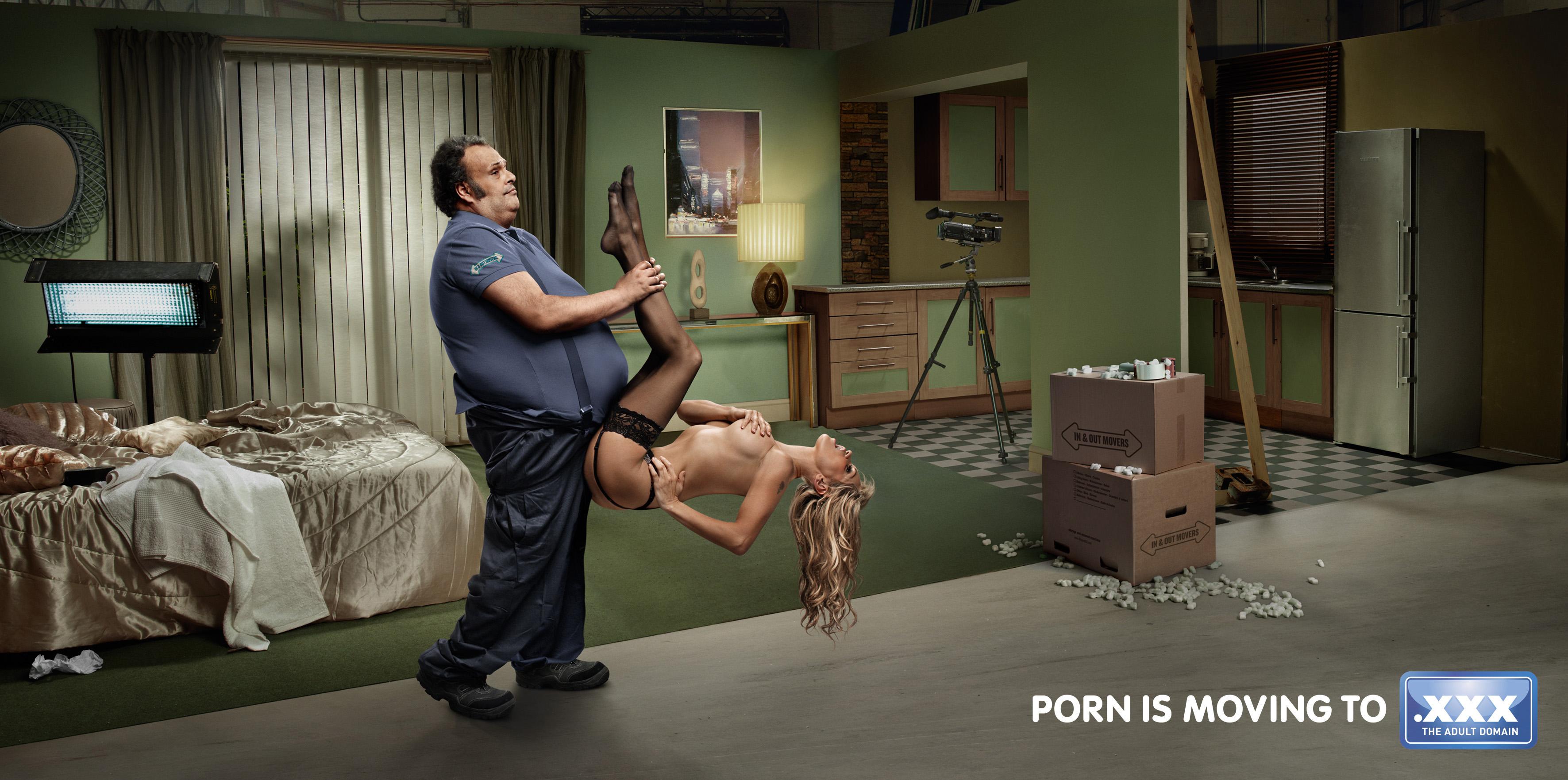 【エロ画像】海外のエロすぎる広告素材マジで丸出しすぎwwwコレは18禁やろwwwwwwwwwwww・28枚目