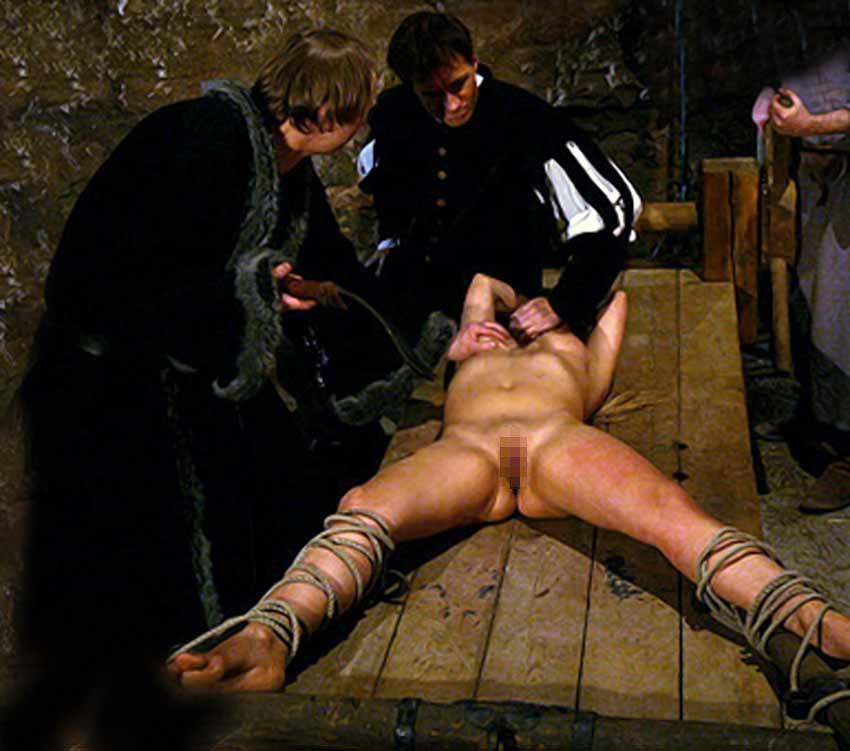 【閲覧注意】中世ヨーロッパに存在した女性に対しての拷問・・・悪魔の所業やな。(画像あり)・30枚目