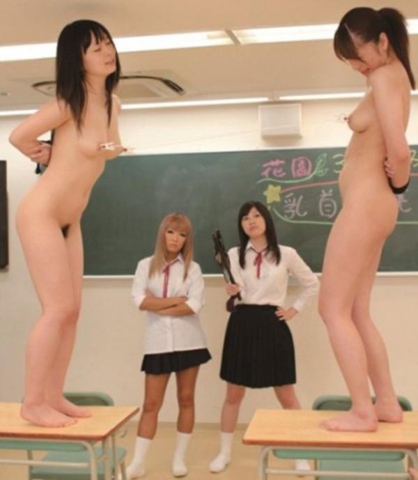 【胸糞注意】女子学生のイジメ写真が流出・・・過激にも程がある。。(画像あり)・8枚目