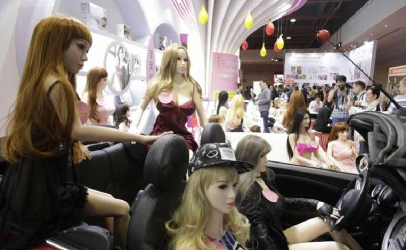 【画像あり】中国で開催された「性の展覧会」メディアでは絶対に扱えないエロさでワロタwwwwwwwwwwwwww・20枚目
