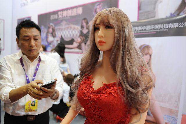 【画像あり】中国で開催された「性の展覧会」メディアでは絶対に扱えないエロさでワロタwwwwwwwwwwwwww・22枚目