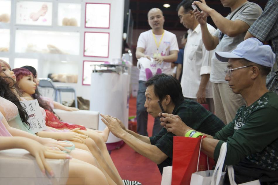 【画像あり】中国で開催された「性の展覧会」メディアでは絶対に扱えないエロさでワロタwwwwwwwwwwwwww・23枚目