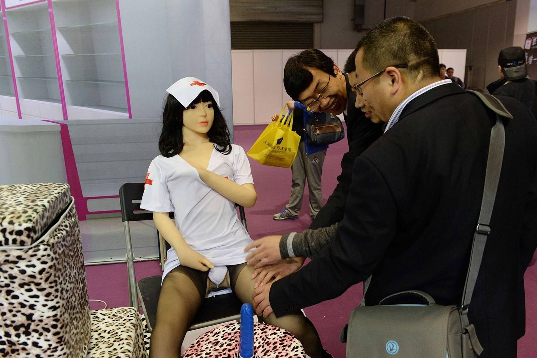 【画像あり】中国で開催された「性の展覧会」メディアでは絶対に扱えないエロさでワロタwwwwwwwwwwwwww・3枚目